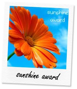 The Sunshine Award logo